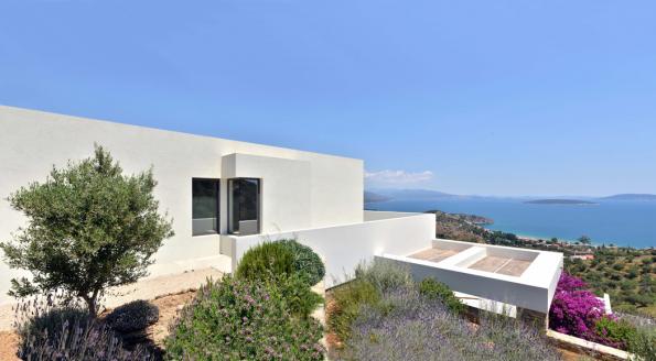 Vila NafplioBlu, Tolo (Řecko) (Zdroj fotografií: Schüco, Konstantinos Thomopoulos)