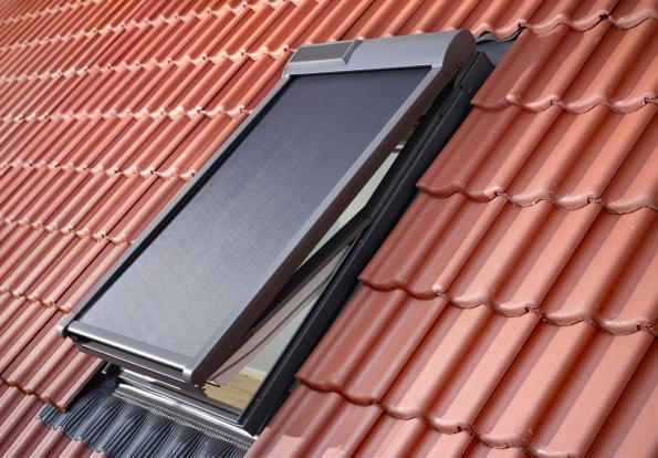VELUX venkovní markýza na solární pohon (Zdroj: VELUX)