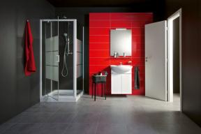 Série Jika Lyra Plus zahrnuje nejširší nabídku umyvadel, umývátek, klozetů, bidetů, koupelnového nábytku, van, sprchových koutů, vodovodních baterií a příslušenství (JIKA)