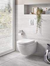 Nástěnné WC GROHE Euro Ceramic se splachovacím systémem Triple Vortex, který pomocí tří vodních trysek vytváří tichý a výkonný vodní vír (GROHE)