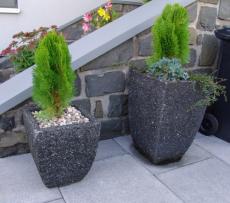 Vyhledávanými produkty z důvodu maximální stability jsou i květináče nejrůznějších tvarů a povrchových úprav (zdroj: Presbeton)