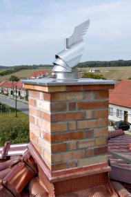 Komínové hlavice ROTOWENT díky své konstrukci využívají proudění větru ke zvýšení tahu komínů (HPI)