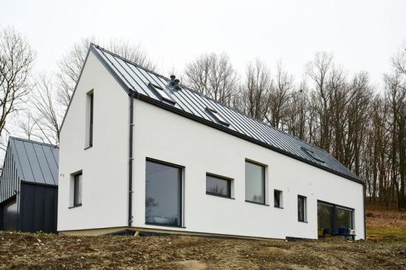 Rodinný dům, Pulečný. Zateplovací systém Baumit. Povrchová úprava Baumit NanoporTop (zdroj: Baumit)