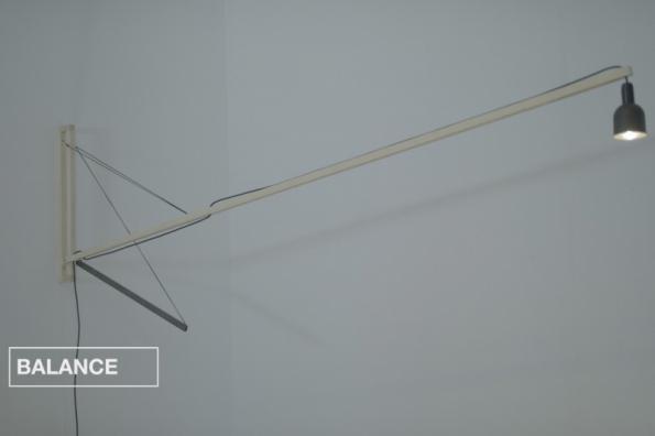 Lampa BALANCE (zdroj: Hornbach)