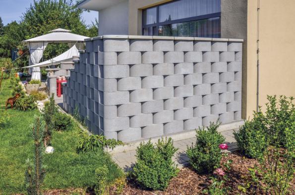 Ronde Block, originální tvarovky oválného tvaru, umožňují vytvořit jak rovné, tak vlnité a zaoblené plochy. Tvarovky se spojují pomocí speciálních betonových kroužků (PRESBETON)