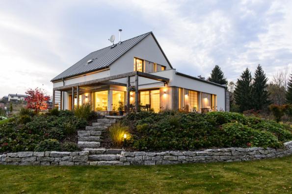 3. místo získal individuální dům se soutěžním kódem K095. Projektantem a dodavatelem je společnost ATREA s. r. o. – DOMY ATREA