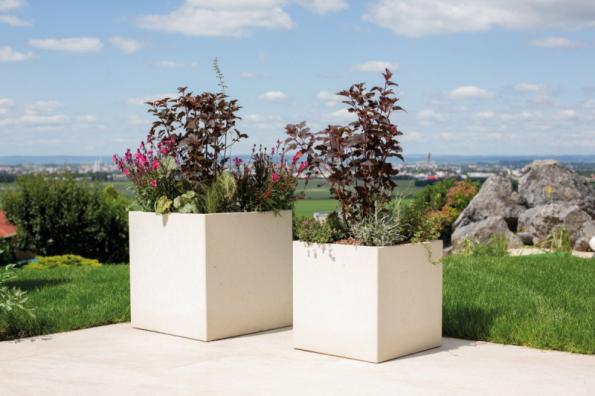 Květináče LITE CUBE (zdroj: PRESBETON)