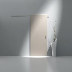 Posuvné dveře MASONITE, lakované v RAL odstínu s ALU posuvem, lišta v povrchu stříbrný matný hliník