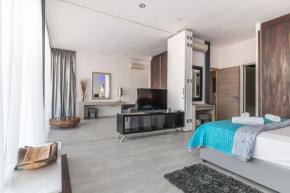 Ložnice patří k nejdůležitějším místnostem domova. Kvalitní odpočinek a načerpání sil, které budeme potřebovat každé ráno, podpoří ložnici zařízená s rozmyslem a důrazem na každý detail