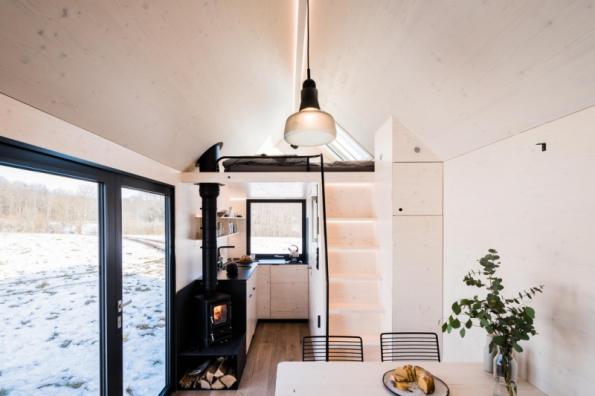 Mobile Hut