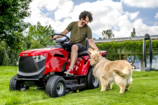 Zahradní traktor MTF 1430 HD (zdroj: Mountfield)